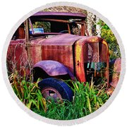 Old Rusting Truck Round Beach Towel