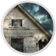 Old Victorian House Detail Round Beach Towel