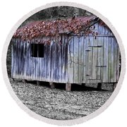 Old Weathered Shed Round Beach Towel