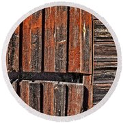 Old Wooden Wall Round Beach Towel