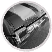 Olds Cs In Black And White Round Beach Towel