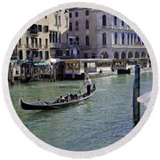 On The Canal In Venice Round Beach Towel