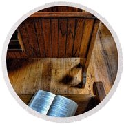 Open Book On Church Pew Round Beach Towel