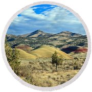 Oregons Painted Hills Round Beach Towel