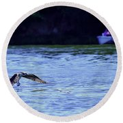 Osprey Cleaning The Lake  Round Beach Towel