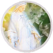 Our Lady Of Nature Round Beach Towel