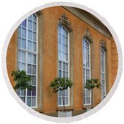 Palace Windows And Topiaries Round Beach Towel