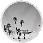 Palm Trees In The Sahara Desert Round Beach Towel