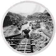 Panama Canal - Construction At The Culebra Cut - C 1910 Round Beach Towel