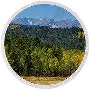 Panorama Scenic Autumn View Of The Colorado Indian Peaks Round Beach Towel
