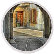 Passageway And Arch In Provence Round Beach Towel