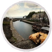 Pasty On The Harbour Round Beach Towel