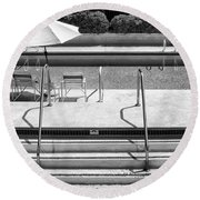 Peaceful Oasis Bw Palm Springs Round Beach Towel