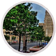 Pedestrian View Of City Hall Horizontal  Round Beach Towel