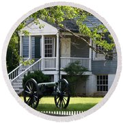 Peers House And Cannon Appomattox Court House Virginia Round Beach Towel