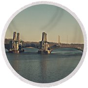 Pelham Bridge - Fade Round Beach Towel