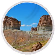 Pilot Butte Rock Formation Iv Round Beach Towel