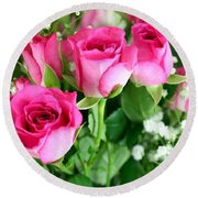 Pink Roses And Gypsophila Bouquet Round Beach Towel