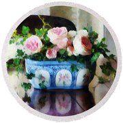 Pink Roses And Ivy Round Beach Towel