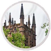 Pinnacles Of St. Mary's Cathedral - Sydney Round Beach Towel