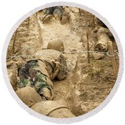 Plebes Navigate The Low Crawl Obstacle Round Beach Towel