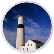 Point Lamour Lighthouse Round Beach Towel