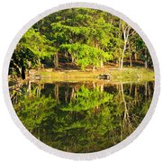 Pond Reflection Guatemala Round Beach Towel