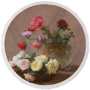 Poppies In A Crystal Vase - Or Basket Of Roses Round Beach Towel