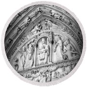 Prayers At Notre Dame - Black And White Round Beach Towel