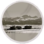 Ranch With A View Round Beach Towel