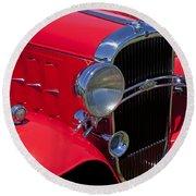 Red 1932 Oldsmobile Round Beach Towel