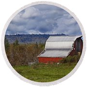 Red Barn With Tin Roof Round Beach Towel