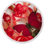 Red Butterfly On Blush Roses Round Beach Towel