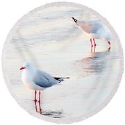 Red Legs And Lipstick Round Beach Towel