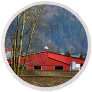 Red Matsqui Barn Round Beach Towel