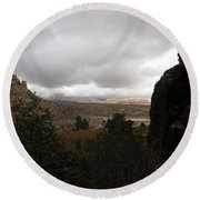 Red Rock Canyon View Round Beach Towel