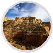Red Rock Canyons Round Beach Towel