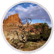 Red Rock Castle Round Beach Towel
