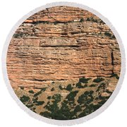 Red Rock Cliffs Along The Hood River Round Beach Towel