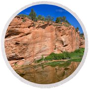 Red Rock Formation In The Kaibab Plateau In Grand Canyon National Park Round Beach Towel