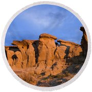 Red Rock Sunset Round Beach Towel