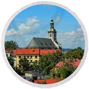 Red Roofed Wonders Round Beach Towel