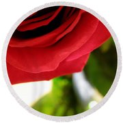 Red Rose In Glass Vase Round Beach Towel