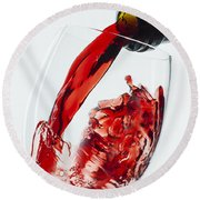 Red Wine Pour Round Beach Towel
