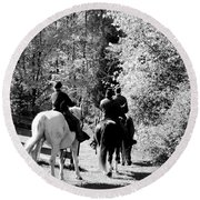 Riding Soldiers B And W Round Beach Towel