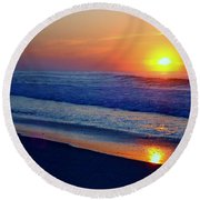 Right Hand Sun Round Beach Towel