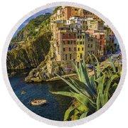 Rio Maggiore Cinque Terre Italy Round Beach Towel