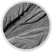 Ripples In The Sand Black And White Round Beach Towel