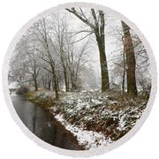 River With Snow Round Beach Towel