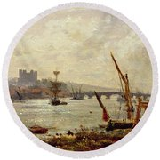 Rochester Cathedral And Castle Round Beach Towel